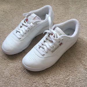 9418ab51 Reebok white classic princess tennis shoes